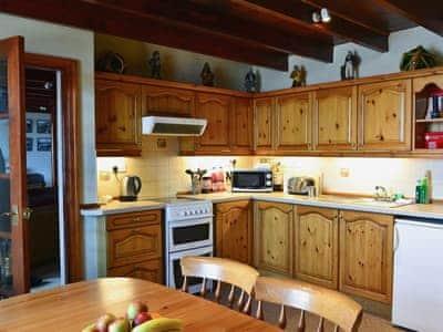 Kitchen/diner | Shoreline Cottage, Partanhall, Burnmouth