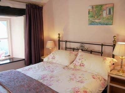 Double bedroom   Garden Cottage, Brigsteer