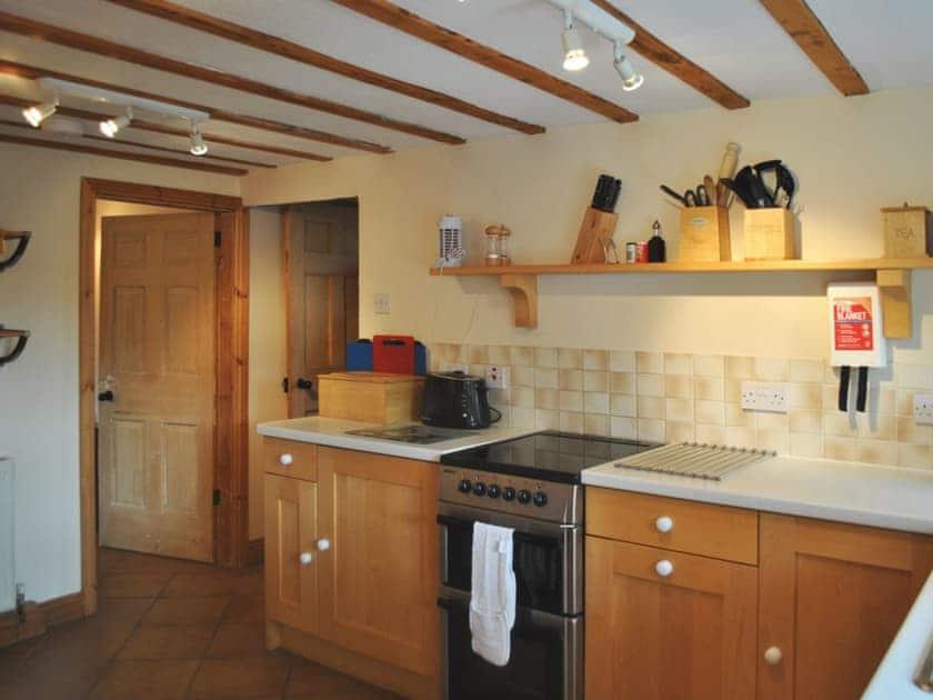 Kitchen | West End Farm Cottages - Gunluck Cottage, Brompton by Sawdon