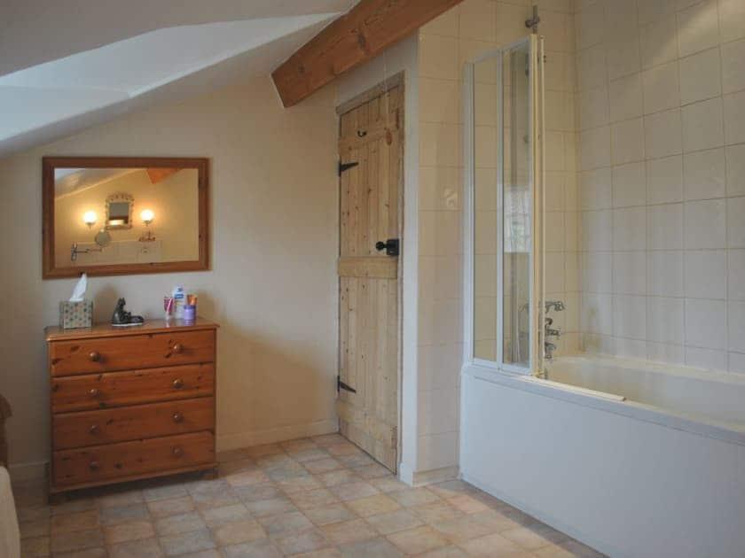 Bathroom | West End Farm Cottages - Gunluck Cottage, Brompton by Sawdon