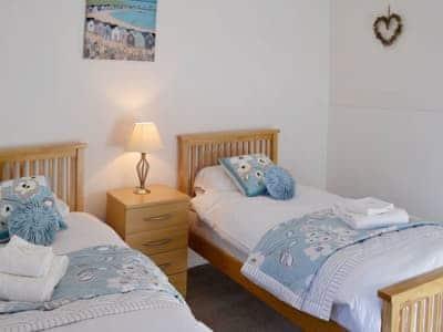 Twin bedroom | Elm Rise, Askrigg, near Hawes