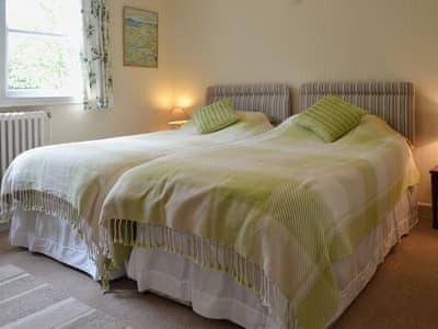 Twin bedroom   Ty Mawr - Eisteddfa, Pentrefelin, near Porthmadog