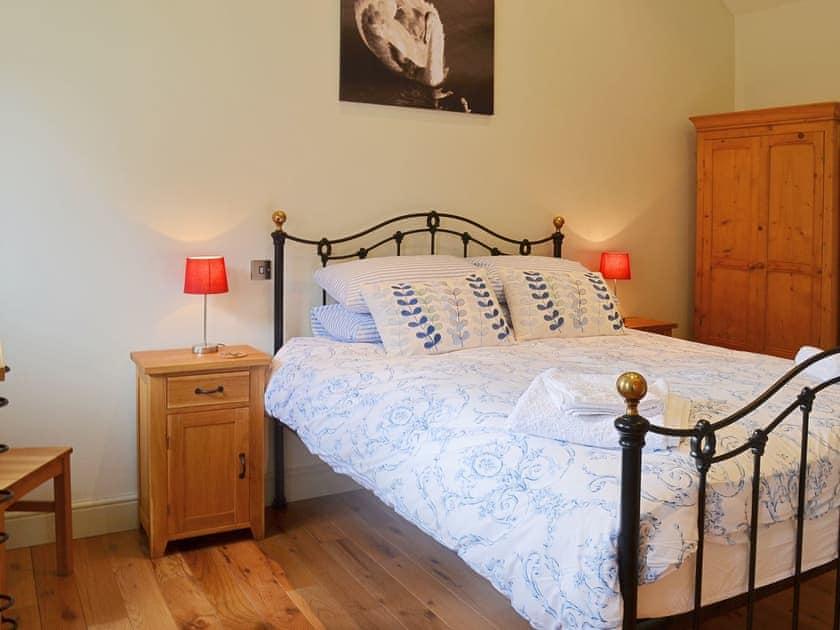 Double bedroom | Manor Farm Barns - Jumbo's Stable, Crimscote, nr. Newbold