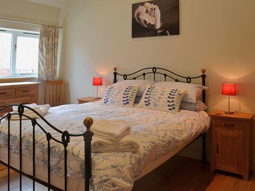 Twin bedroom | Manor Farm Barns - Jumbo's Stable, Crimscote, nr. Newbold