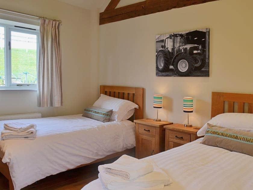 En-suite | Manor Farm Barns - Jumbo's Stable, Crimscote, nr. Newbold
