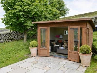 Summerhouse | Birkend Farmhouse, Low Row near Reeth