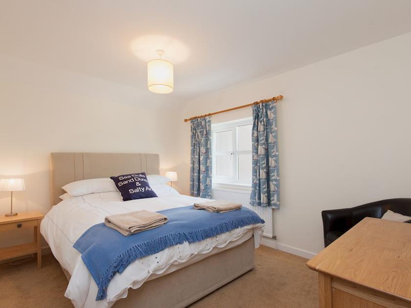Double bedroom | Rosemount Court 10, Salcombe