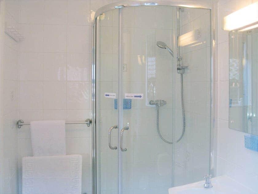 Shower room | Puddleduck Cottage, Thorpe Market