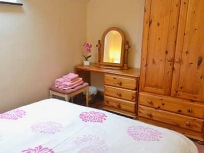 Double bedroom | Thompson Ground - Sunny Brow Cottage, Hawkshead