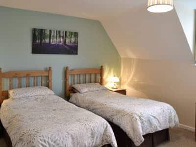 Twin bedroom | Brenham Cottage, Bremhill, nr. Calne