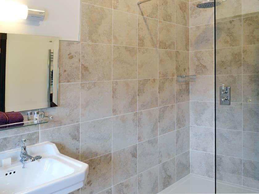 Bathroom | Roselber, Litton near Kettlewell