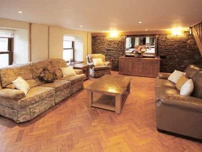 Living room/dining room | Gelli-Fawr Farm, Cwmgors, Nr Ammanford