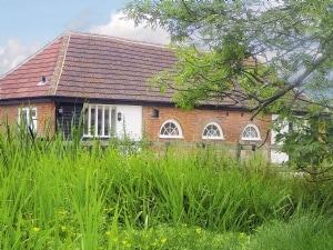 Bramley Cottages - Russett Cottage