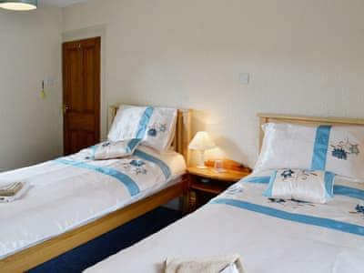 Twin bedroom | Dear Cottage, Hawes