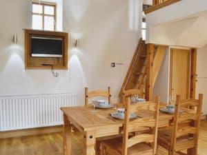 Melin Newydd Cottages - Owl Cottage