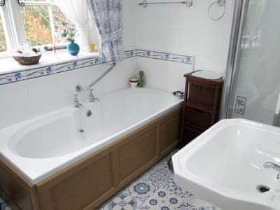 Bathroom   1 The Knoll, Ambleside