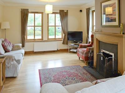 Spacious living room | An Teallach, Strathcarron, Wester Ross