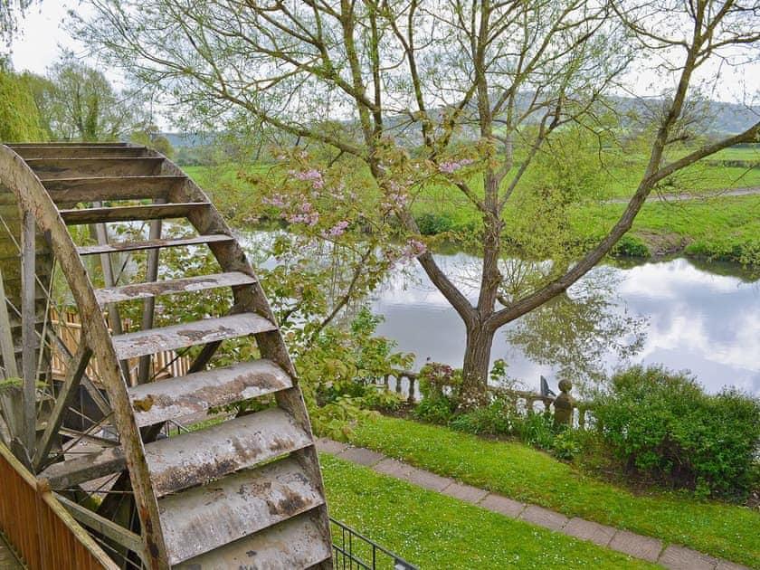 Bathampton | Somerset, England