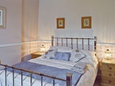 Comfortable double bedroom | Ullscroft, Keswick