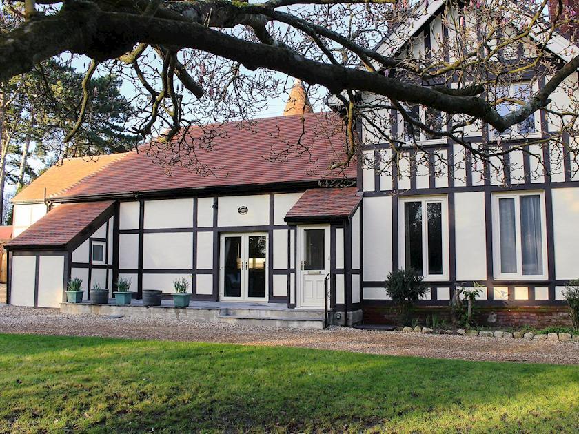 Impressive characterful building | Bodwen Corner Cottage, Wootton Bridge