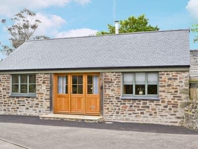 Prideaux Farm Cottages - The Wagon House