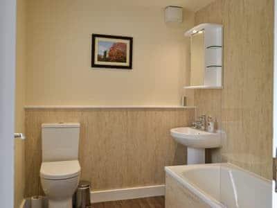 Bathroom | Causey Cottage, Keswick