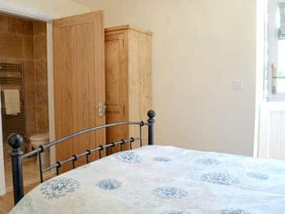 Double bedroom | Valley View Barns - Lower Barn, Abbey-Cwm-Hir, nr. Llandrindod Wells