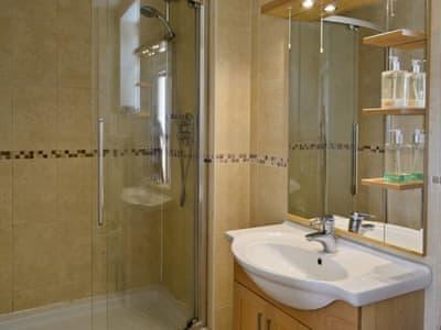 Shower room | Kilburn Park Cottage, near Kilburn