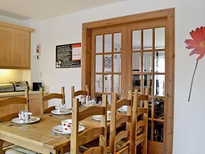 Kitchen/diner | Clunnie Mor, Aviemore