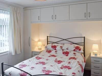 Comfortable double bedroom | Polperro, Keswick