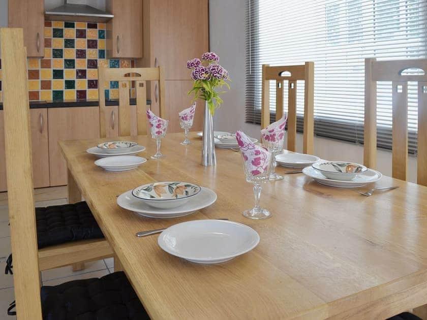 Kitchen/diner | Lluest Cottages - The Coach House, Neuaddlwyd, nr. Aberaeron