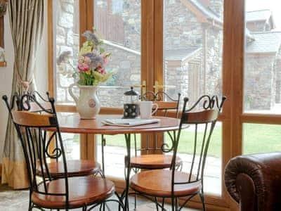 Dining Area | Golwg y Mynydd, Crynant, nr. Neath