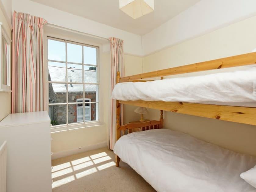 Bunk bedroom | Courtenay Street 24, Salcombe