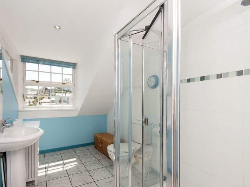 Bathroom | Courtenay Street 24, Salcombe