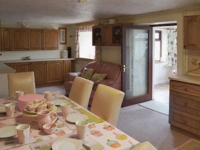 Kitchen/diner | Fargen Wen, Glanrafon, Llangoed near Beaumaris