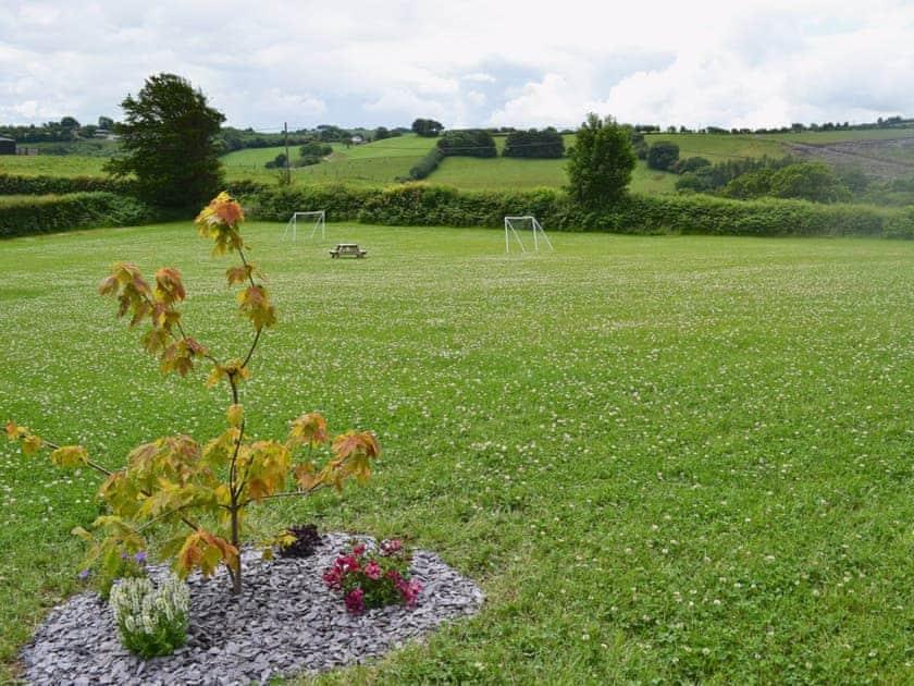 Garden and grounds | Bwlch Y Person Barns - Beudy, Dihewyd, nr. Aberaeron