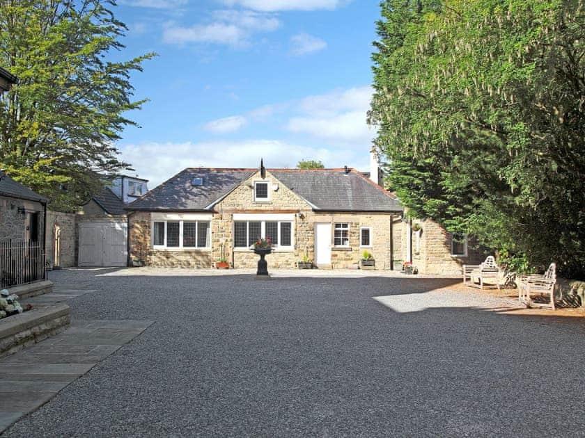 Thorneycroft - Thorneycroft Coachhouse