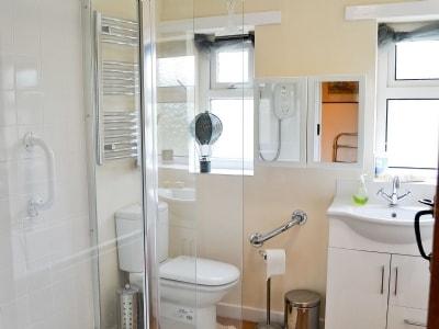 Bathroom | Beech Cottage, Thoralby near Leyburn