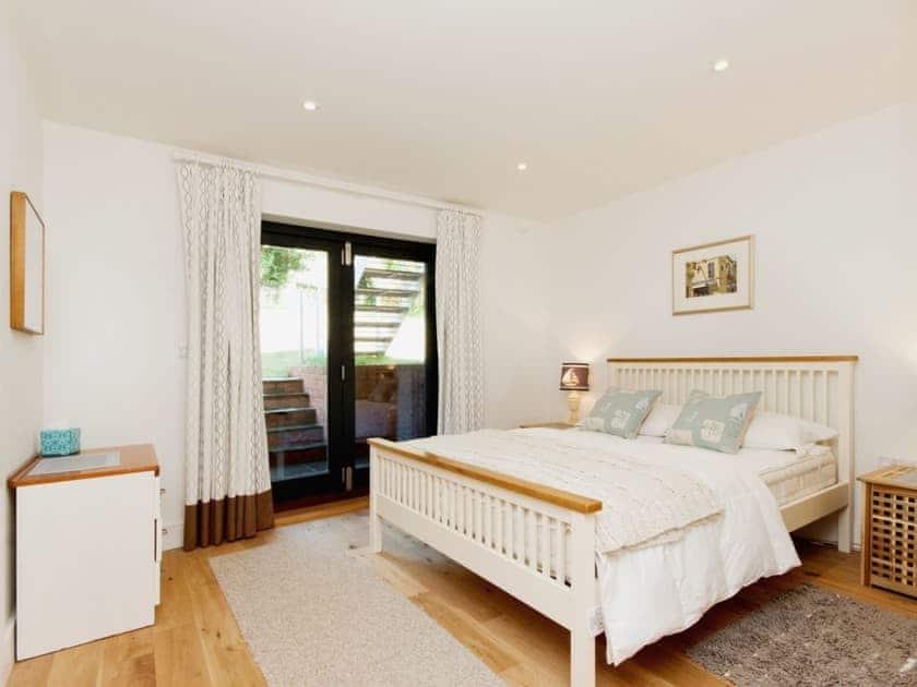 Double bedroom | Eddystone Row 2, Salcombe