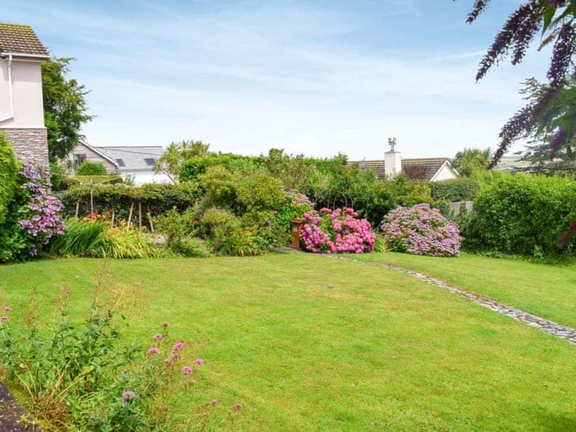 Spacious garden | Stonehanger 1, Salcombe
