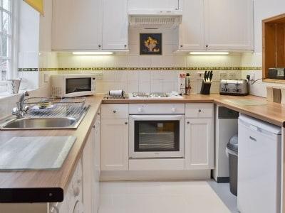 Kitchen | Kirkburn Cottages - Acorn Cottage, Kirkburn, nr. Driffield