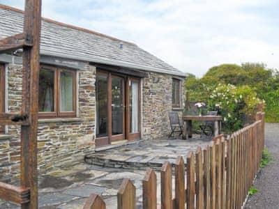 Treligga Farm Cottages - Wild Rose