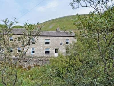 Exterior | Thwaite Bridge Cottage, near Hawes