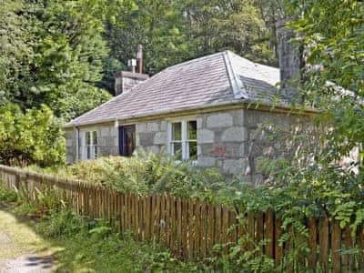 Exterior | Squirrel Cottage, Palnure near Newton Stewart