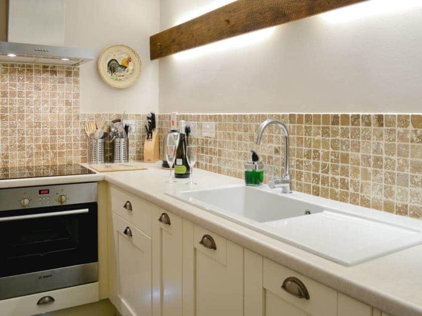 Well equipped kitchen | Norfolk House, Dulverton