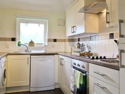 Kitchen | 6 Lonsdale House, Keswick