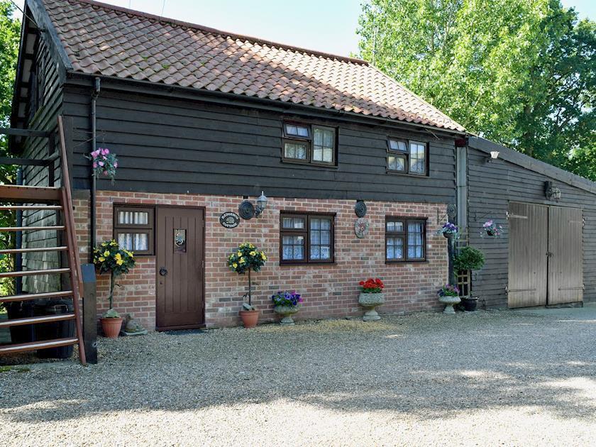 Exterior | Hedgehog Cottage, Linstead Parva, nr. Southwold