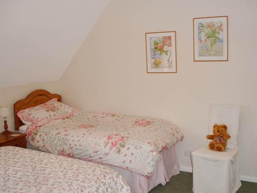 Double bedroom | Villa 75, Cromer
