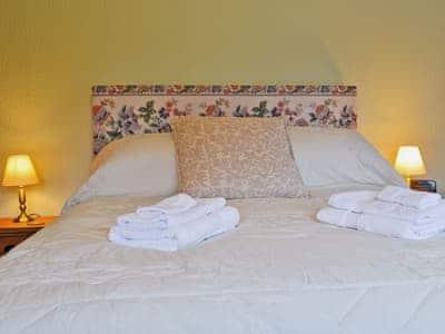 Double bedroom | Glan Gors, Tregaron