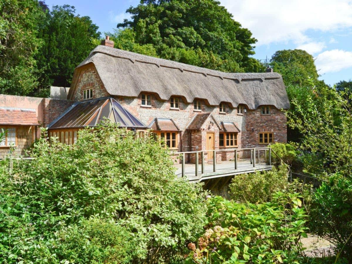 brook cottage ref dddk in uplyme near lyme regis dorset rh english country cottages co uk